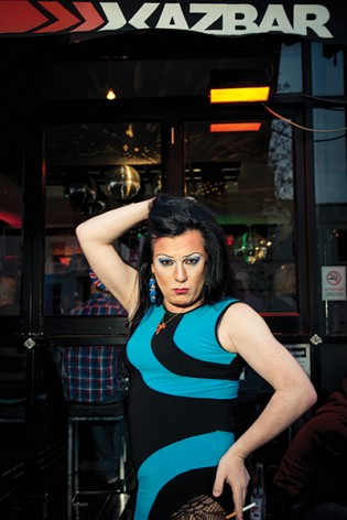 edgeley gay singles Alexandra alexandra, 195 northgate road, edgeley, stockport, cheshire, sk3 9nj: dandy cock dandy cock, 15 market street, disley, stockport, cheshire, sk12 2aa.