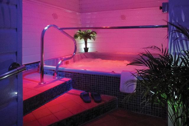 sailors sauna limehouse s steamiest best kept secret qx magazine. Black Bedroom Furniture Sets. Home Design Ideas